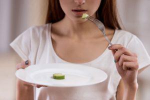 Нарушения пищевого поведения
